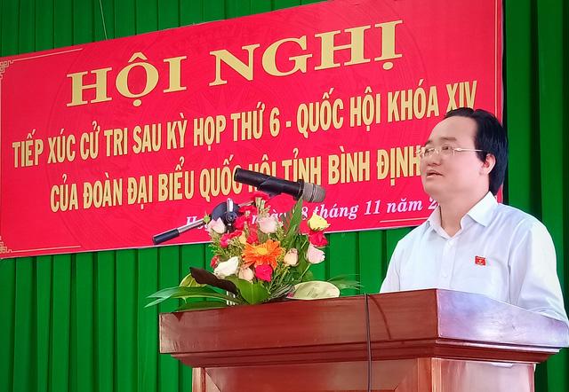 Bộ trưởng Phùng Xuân Nhạ nói gì vụ cô giáo phạt tát học sinh 231 cái? - Ảnh 1.
