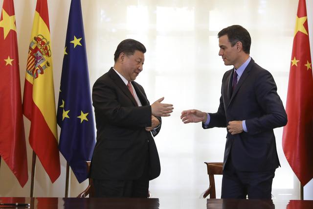 Trung Quốc tuyên bố mở rộng cửa với doanh nghiệp nước ngoài - Ảnh 1.