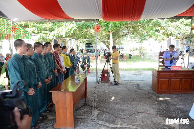 Thêm 9 bị cáo gây rối tại đội cảnh sát chữa cháy Phan Rí nhận án tù - Ảnh 2.