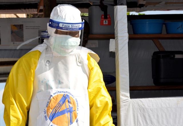 WHO cảnh báo dịch Ebola tái phát với quy mô lớn thứ 2 trong lịch sử - Ảnh 1.