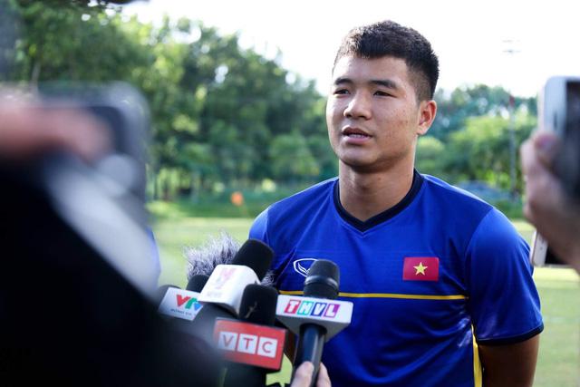 Trang chủ AFF Cup 2018 ghi hình buổi tập của đội tuyển VN - Ảnh 3.