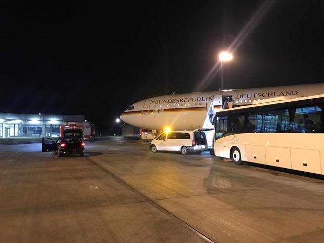 Bà Merkel lỡ khai mạc G20 vì máy bay gặp sự cố kỹ thuật - Ảnh 1.