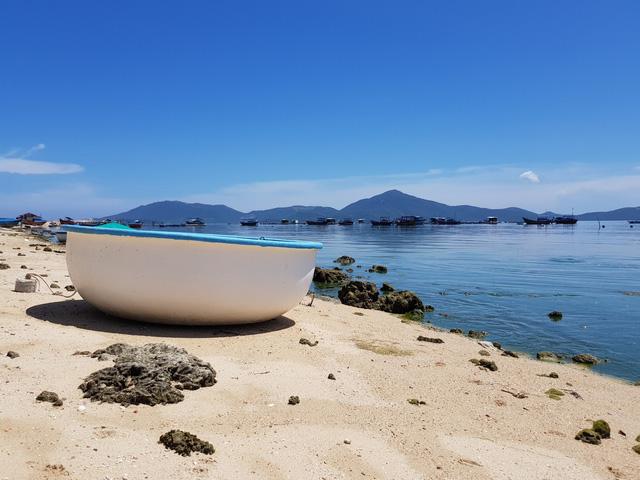 Đảo Điệp Sơn  sau 1 năm hứng bão lịch sử Damrey - Ảnh 9.