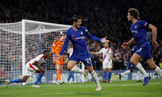 Morata tỏa sáng, Chelsea lên nhì bảng - Ảnh 1.