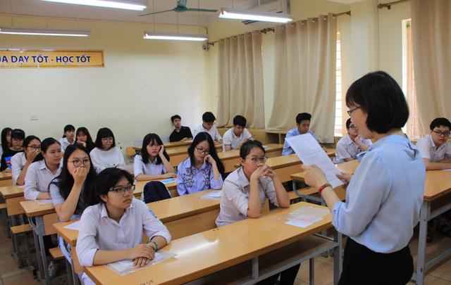 """""""Bí quyết"""" làm tốt bài thi theo đề minh họa lớp 10 THPT Hà Nội - Ảnh 1."""