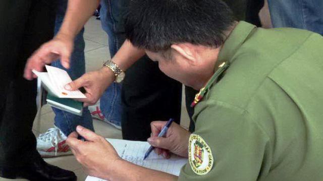 Thí điểm cấp thị thực điện tử cho công dân 35 nước - Ảnh 1.