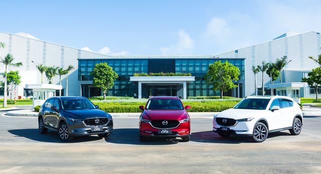 Thaco công bố giá bán xe Mazda màu sơn cao cấp mới - Ảnh 2.