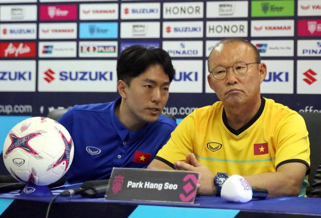 HLV Park Hang Seo tuyên bố tuyển VN sẽ đá bại Lào - Ảnh 2.