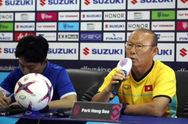 HLV Park Hang Seo tuyên bố tuyển VN sẽ đá bại Lào - Ảnh 1.