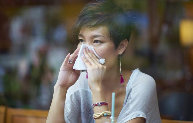 Những sai lầm khiến bệnh viêm xoang, viêm mũi ngày càng nặng hơn - Ảnh 1.