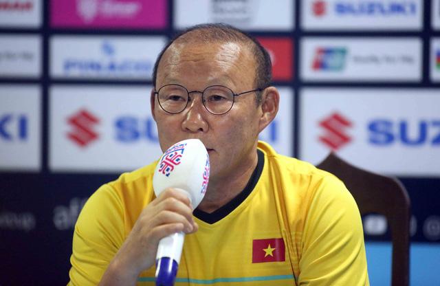 HLV Park Hang Seo: Tôi nóng lòng đối đầu HLV Goran Eriksson - Ảnh 1.