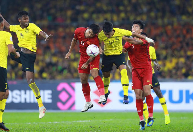 Bỏ lỡ nhiều cơ hội, Việt Nam chờ quyết đấu Malaysia tại Mỹ Đình - Ảnh 1.