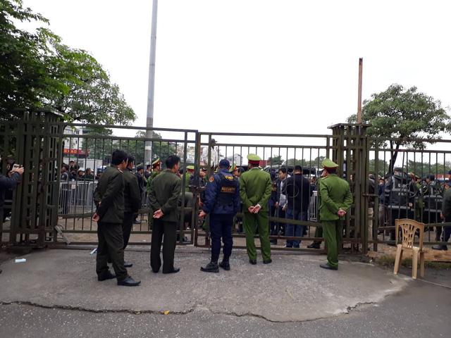 VFF khẩn cấp nhờ Bộ tư lệnh Thủ đô ngăn chặn gây rối - Ảnh 5.