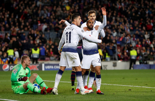 Salah 'nổ súng', Liverpool loại Napoli - Ảnh 3.