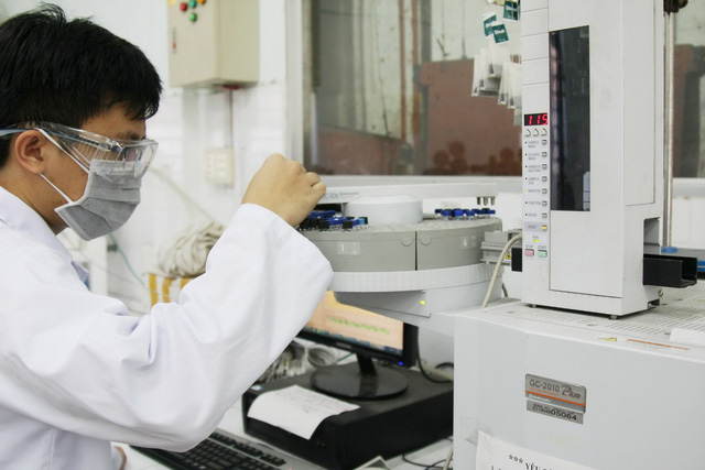 ĐH Bách khoa TP.HCM: hơn 11 tỉ /năm hỗ trợ học viên, nghiên cứu sinh - Ảnh 1.