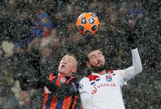 Lyon đoạt suất cuối dự vòng knock-out Champions League - Ảnh 1.