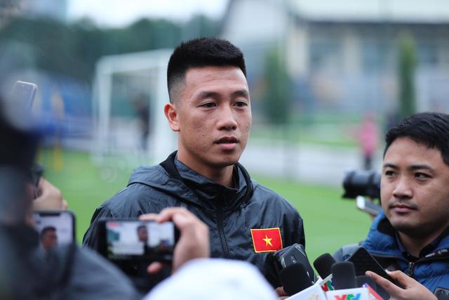 Tiền vệ Huy Hùng: Tuyển Việt Nam nỗ lực đoạt chức vô địch - Ảnh 1.