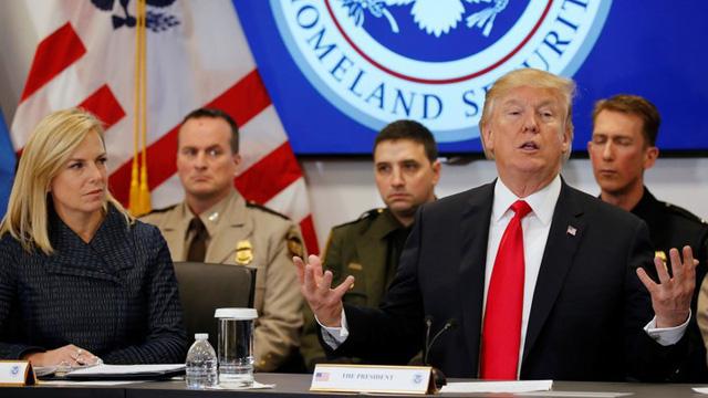 Ông Trump lại muốn trục xuất những người Việt đến Mỹ trước 1995 - Ảnh 1.