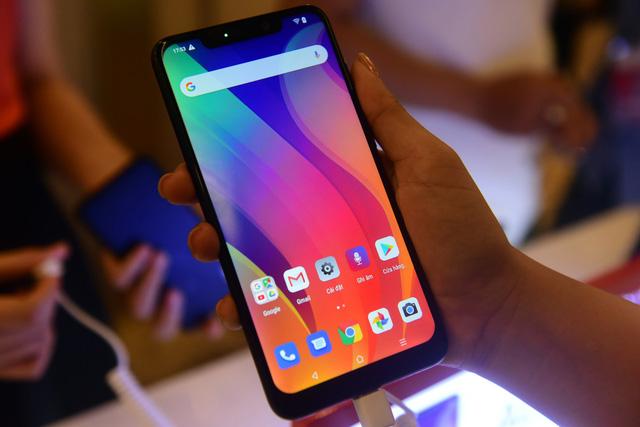 Vingroup trình làng 4 smartphone, giá thấp nhất 2,49 triệu - Ảnh 3.