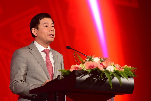 Vingroup trình làng 4 smartphone, giá thấp nhất 2,49 triệu - Ảnh 2.