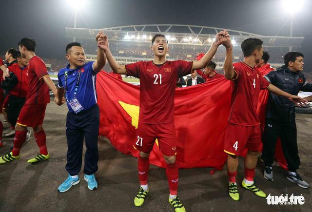 Ông Park hi sinh Đình Trọng tại ASIAN Cup 2019 - Ảnh 1.