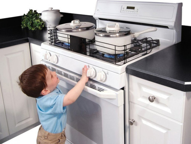 Giữ ngôi nhà bạn an toàn đối với trẻ - Ảnh 1.