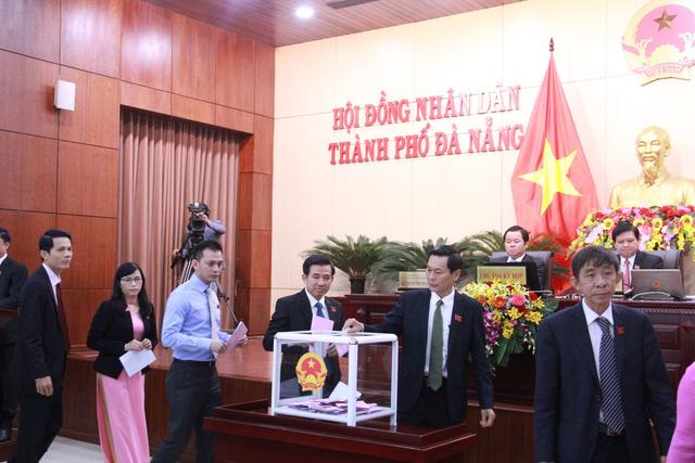 Giám đốc Sở Xây dựng Đà Nẵng nhận phiếu tín nhiệm thấp nhiều nhất - Ảnh 1.
