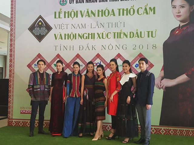 Lễ hội văn hoá thổ cẩm Việt Nam tại Đắk Nông - Ảnh 1.