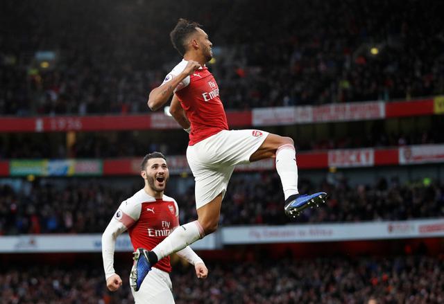 Arsenal thắng nghẹt thở Tottenham 4-2 sau cuộc rượt đuổi tại Emirates - Ảnh 1.