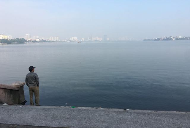 Hà Nội đề xuất lấy nước sông Hồng chống cạn cho hồ Tây - Ảnh 1.