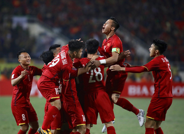 Trận bóng VN- Triều Tiên bán được 4.200 vé trong 30 phút - Ảnh 1.