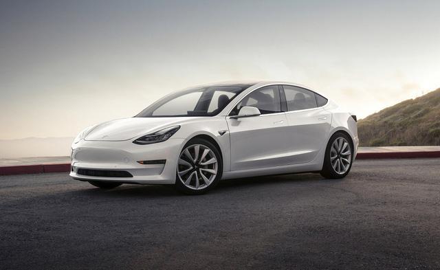 Người Trung Quốc vui mừng vì xe Tesla giảm giá - Ảnh 1.