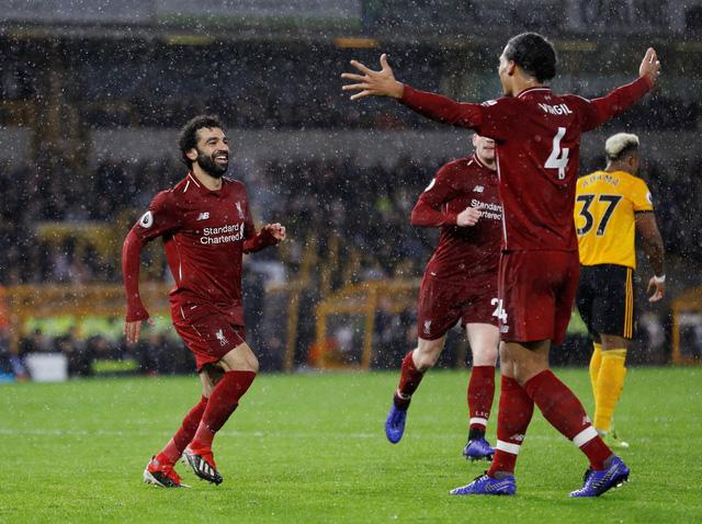 Salah tỏa sáng, Liverpool giữ vững đỉnh bảng - Ảnh 2.