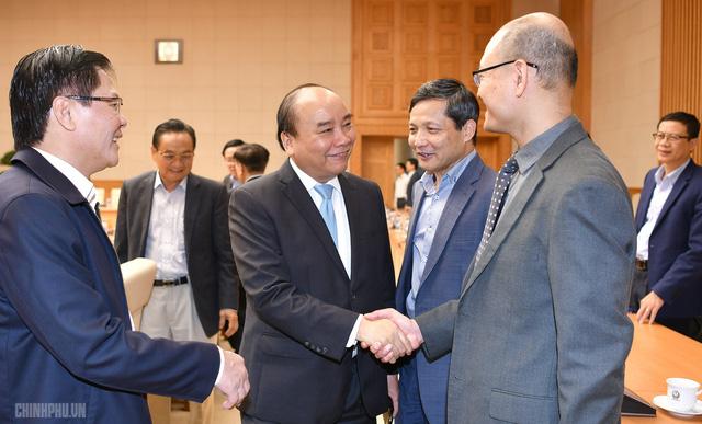 Thủ tướng muốn Tổ tư vấn kinh tế hiến kế để GDP 2019 tăng 7% - Ảnh 1.