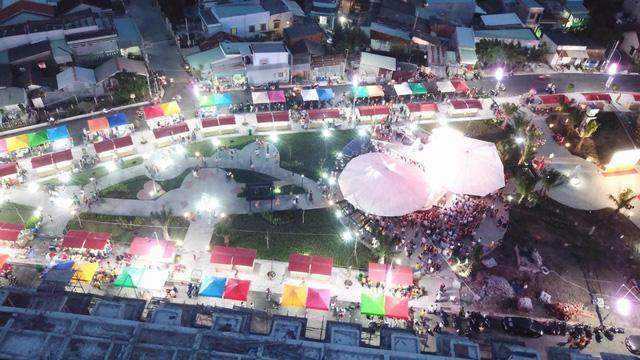 Thắng Lợi Riverside Market và chợ đêmWalking Night chính thức khánh thành - Ảnh 2.