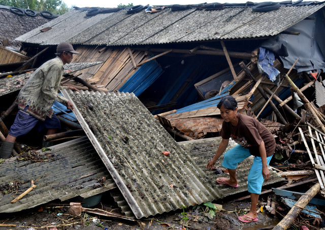 Chưa có thông tin người Việt bị ảnh hưởng sóng thần tại Indonesia - Ảnh 1.