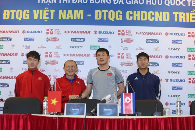 HLV Park Hang Seo cân nhắc triệu tập lại trung vệ Đình Trọng - Ảnh 1.