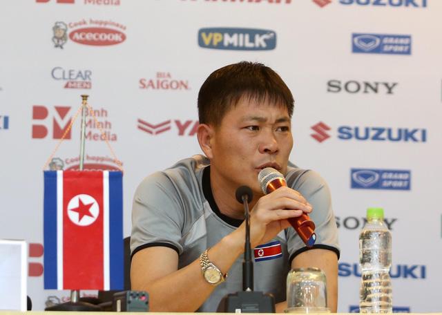 HLV Park Hang Seo cân nhắc triệu tập lại trung vệ Đình Trọng - Ảnh 4.