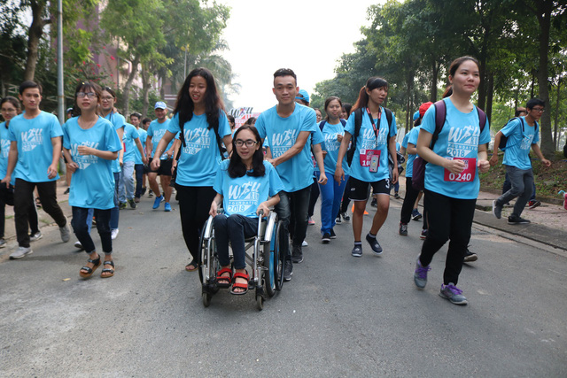 2.000 sinh viên tham gia đường chạy nghị lực - Ảnh 2.