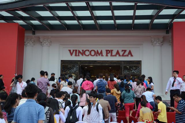Tây Ninh khai trương tổ hợp trung tâm thương mại, khách sạn lớn nhất - Ảnh 2.