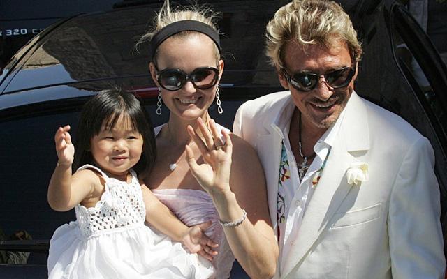 Vợ cố danh ca Pháp dắt hai con nuôi Việt về quê - Ảnh 6.