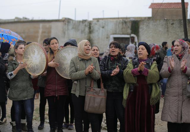 Bộ trưởng Mattis ký lệnh rút quân khỏi Syria trước khi rời ghế - Ảnh 2.