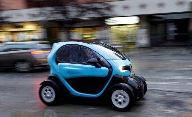 Ý tài trợ tới 6.000 euro để dân mua xe hơi 'xanh' - Ảnh 1.