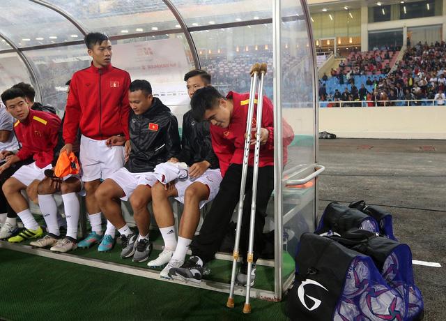 Lục Xuân Hưng chia tay bóng đá 12 tháng - Ảnh 1.