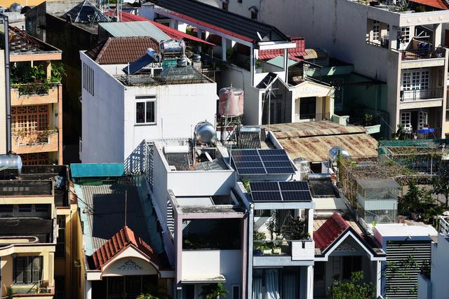 Nhiều chính sách, gói hỗ trợ điện mặt trời - Ảnh 1.