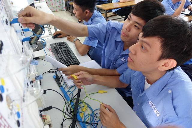Chưa có bằng tốt nghiệp THPT có thể được xét tuyển CĐ - Ảnh 1.