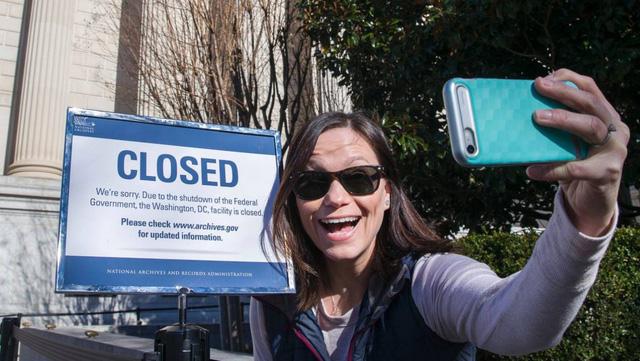 Chính phủ Mỹ đóng cửa, tương lai đi về đâu? - Ảnh 1.