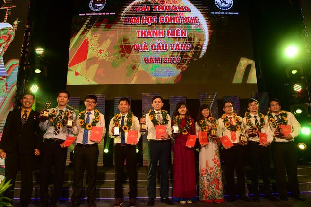 Trao quả cầu vàng cho 10 tài năng trẻ khoa học công nghệ - Ảnh 6.