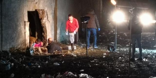 Hiện trường kinh hoàng vụ đánh bom ít nhất 4 người thiệt mạng ở Ai Cập - Ảnh 1.