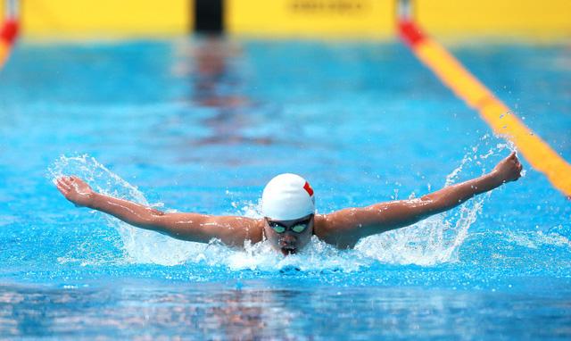 Mỹ Thảo đánh bại Ánh Viên ở nội dung 100m bướm - Ảnh 1.